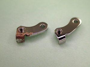 フライバックレバー クロノグラフの針をリセットする際に、プッシャーが最初に押す部品です。